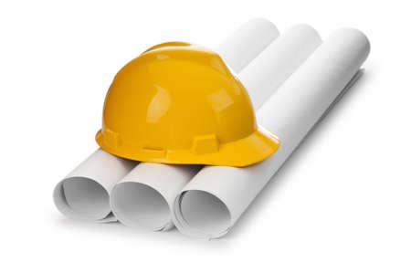 ingenieria industrial: Dibujos y sombrero duro aislados en blanco