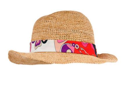 chapeau de paille: Chapeau d'?t? isol? sur le fond blanc