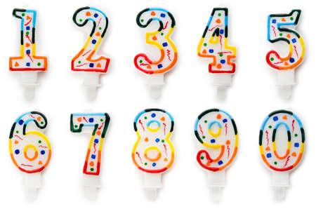 Velas de cumpleaños aislados en el blanco Foto de archivo - 10959676