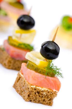 buffet food: Canap� servido en el plato Foto de archivo