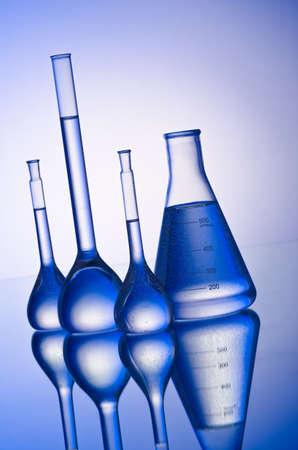 red tube: Qu�micos en el tubo de fondo degradado