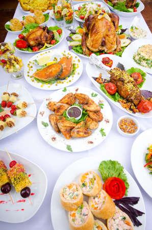 sloužil: Tabulka podáváme s chutných jídel