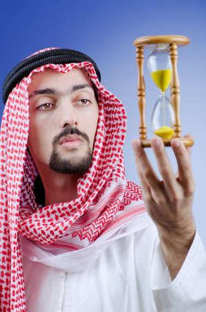 homme arabe: Concept de la diversit� avec les jeunes arabes
