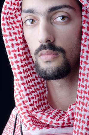 qameez: Man in arab clothing