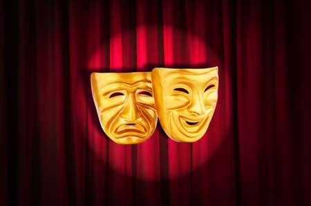 mascara de teatro: Teatro concepto de rendimiento con las m�scaras Foto de archivo
