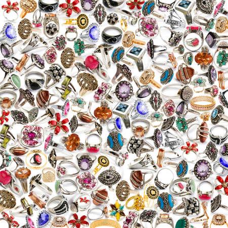 pietre preziose: Sfondo fatto di molti anelli