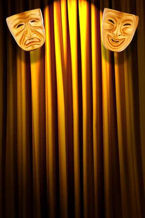 mascaras de teatro: Teatro concepto de rendimiento con las m�scaras Foto de archivo