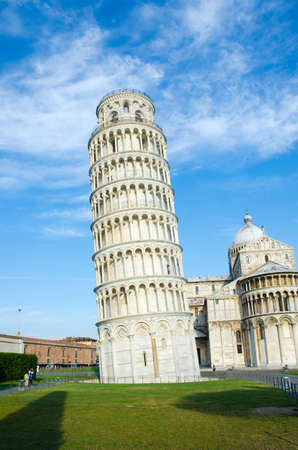 Famous leaning tower of Pisa during summer day Stock Photo - 18014426