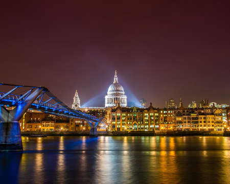 Saint Paul Catherdral at night in London Stock Photo - 18302869