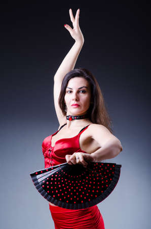 t�nzerin: Female dancer dancing spanische T�nze