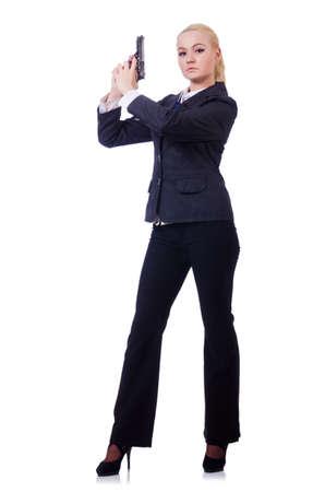 mujer con pistola: Mujer con el arma aislado en blanco