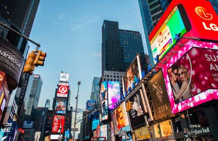 LAS VEGAS, États-Unis - 20 décembre 2013: Times Square dans le centre de Manhattan Éditoriale