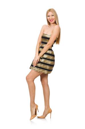 Bella ragazza in oro e vestito nero isolato su bianco
