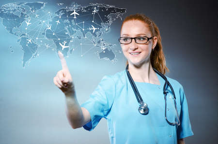 여자 의사 medivac 개념