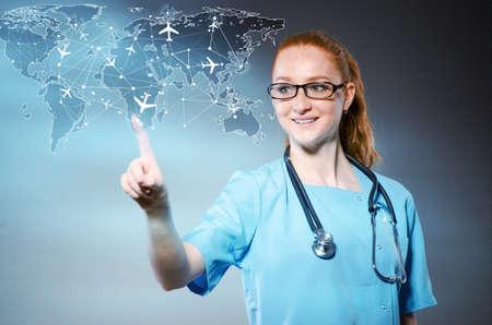 Femme médecin dans le concept medivac Banque d'images - 60642064