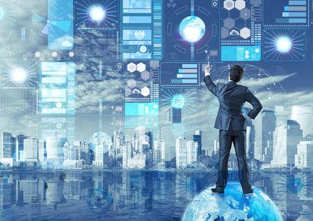 データ マイニングの概念のビジネスマン 写真素材