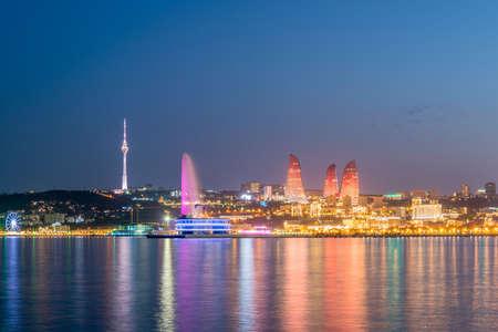 Night view of Baku Azerbaijan during sunset Imagens