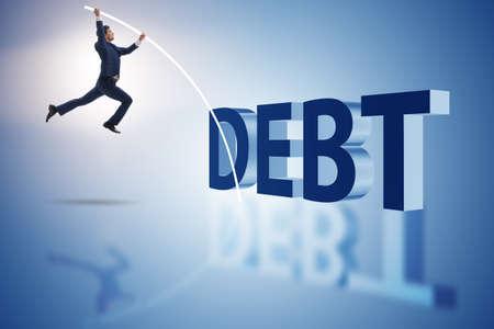 비즈니스 개념에서 부채 부담을 피하는 사업가