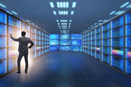 Concept van groot data management met zakenman Stockfoto