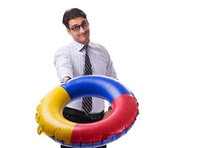 joven hombre de negocios con la boya de vida aislada en el fondo blanco