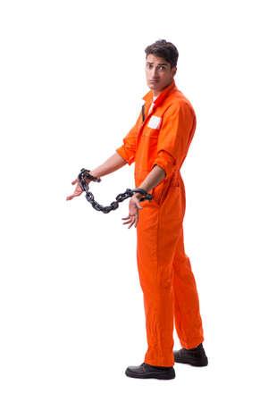 Prigioniero con le sue mani incatenate isolato su sfondo bianco