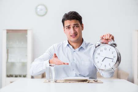 Concept of slow service in restaurants Imagens