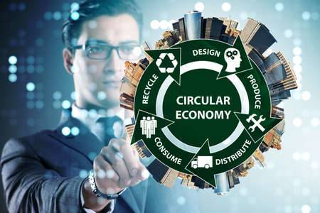 Concept of circular economy with businessman Imagens - 110235277