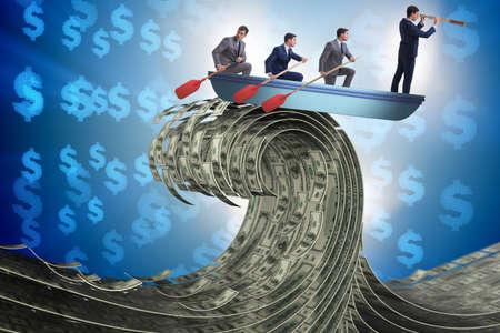 Biznesmen prowadzący swój zespół przez falę dolarów