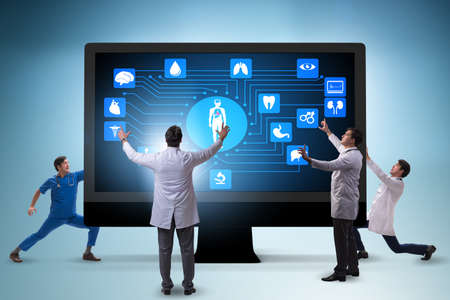 Telehealth concept with doctor doing remote check-up Banque d'images - 111447504
