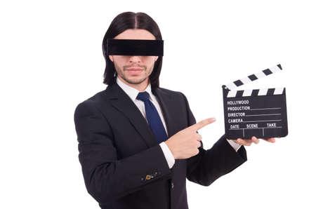 Junger Mann mit schwarzer Gesichtsmaske auf Weiß