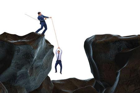 Zakenman helpen collega met touw