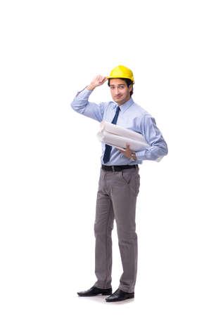 Jonge mannelijke architect op wit wordt geïsoleerd