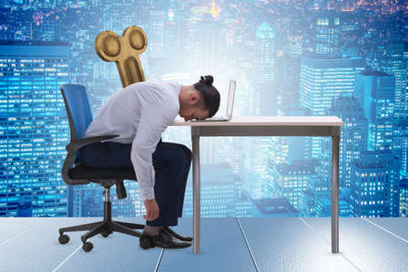 Employee losing energy from too much work