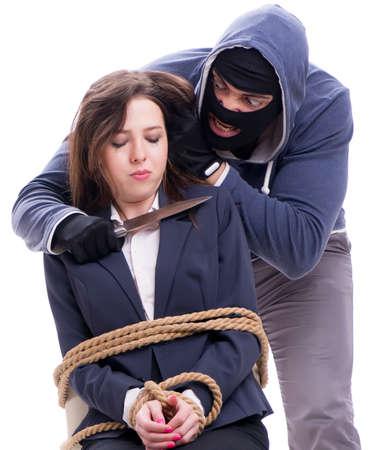 Knifeman minacciando donna legata