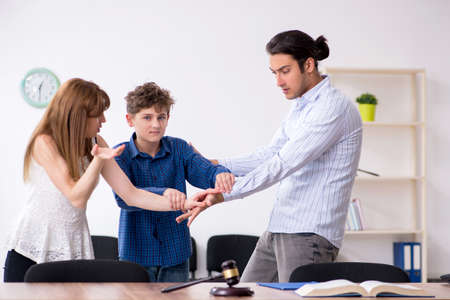Divorcing family trying to divide child custody
