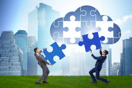 Concept de cloud computing avec puzzle