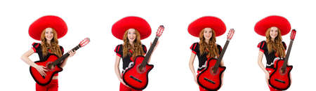 Woman guitar player with sombrero on white Banque d'images - 138735094