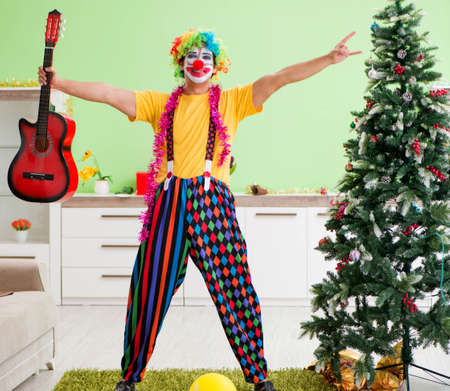 Funny clown in Christmas celebration concept Banque d'images