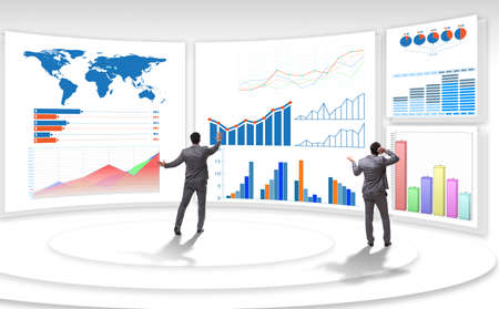The businessman in business visualization and infographics concept 免版税图像