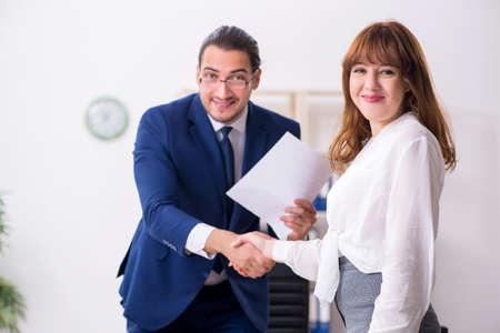 Business meeting between businessman and businesswoman Reklamní fotografie