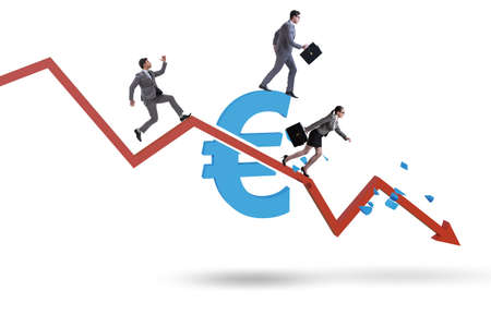 Concept of economic crisis and euro inflation Banque d'images - 151432069