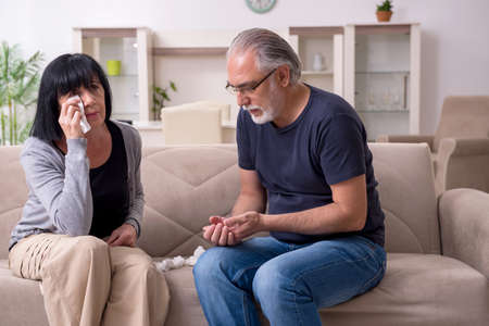 Old couple having argument at home Stock fotó
