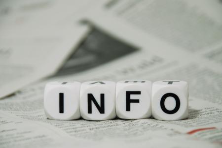 sixth form: la palabra Info miente en un fondo peri�dico