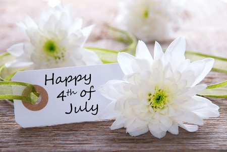 greet card: White Flowers with Happy 4th of July on a White Label