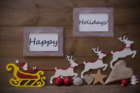 renos de navidad: Tarjeta de Navidad con Santa Claus rojo, amarillo y negro del trineo del reno. Decoración de Navidad Como árbol, la bola, el corazón y la estrella. Shabby Chic marco de foto feliz Holidays.Brown fondo de madera de la vendimia