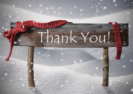 moños de navidad: Muestra de madera marrón de Navidad en la nieve blanca