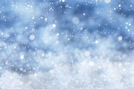 Texture de Noël bleue avec neige et flocons de neige. Espace copie pour la publicité. Card For Seasons Greetings