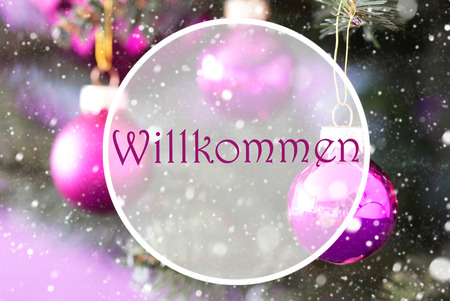willkommen: Christmas Tree With Rose Quartz Balls. Close Up Or Macro View. Christmas Card For Seasons Greetings. Snowflakes For Winter Atmosphere. German Text Willkommen Means Welcome