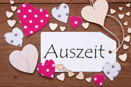 downtime: Label, Pink Hearts, Auszeit Means Downtime