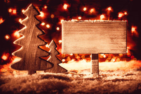 Sign, Christmas Tree, Snow, Copy Space, Night WIth Lights Archivio Fotografico